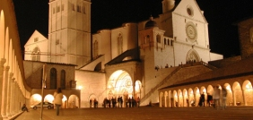 assisi-night-church