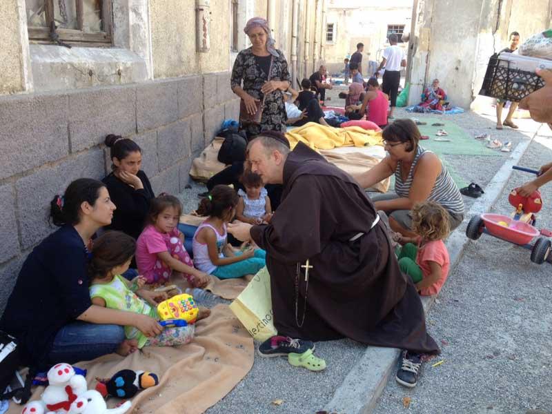 Humilde colaboración con Franciscanos de Aleppo.